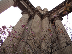 Blossom columns in the Palace of Fine Arts