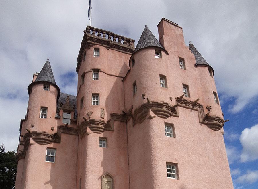 Scotland: Aberdeenshire – Kildrummy Castle, Craigievar Castle and Castle Fraser