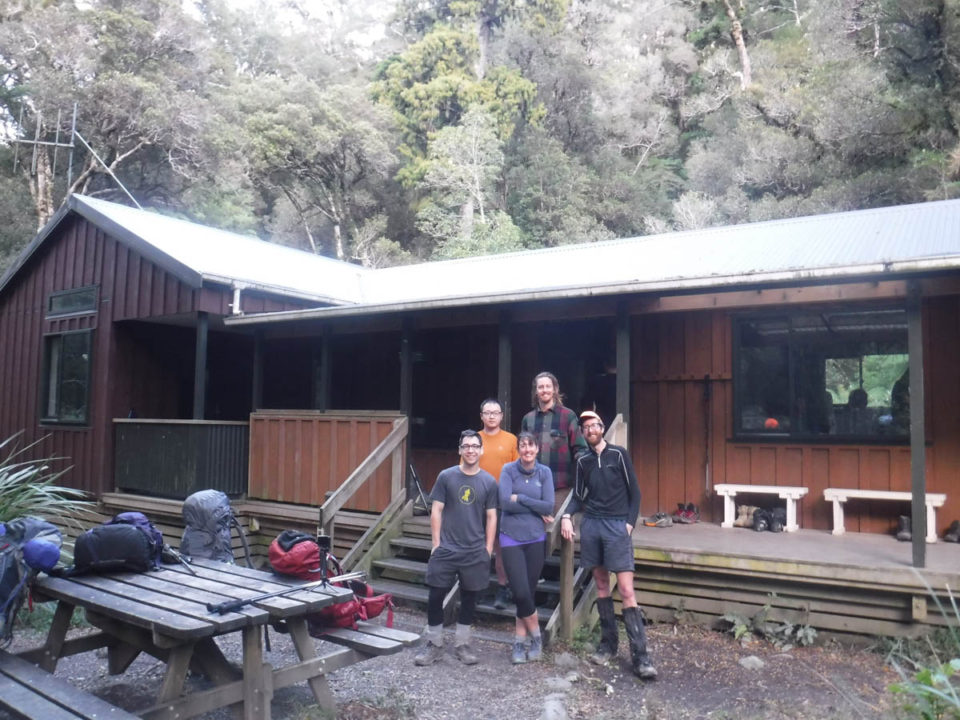 Tramping: Atiwhakatu Hut loop via Gentle Annie Saddle and Pinnacle Ridge